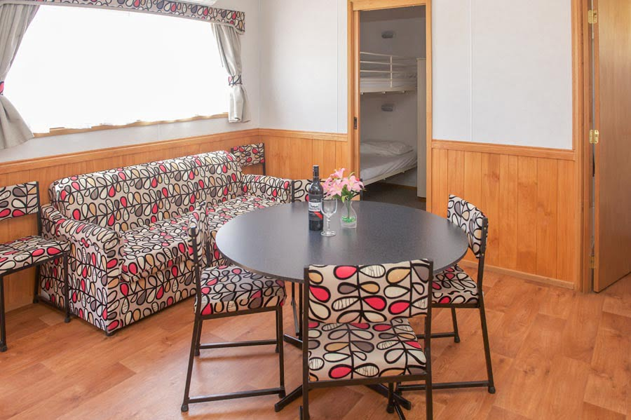 2 Bedroom 6 Berth (3)